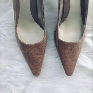 Bandolino Leather Pointed Toe Kitten Heels